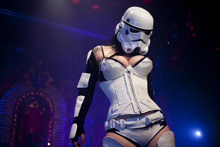 star-wars-goes-burlesque.4303485.32