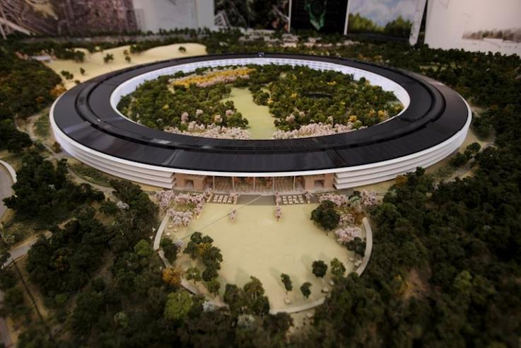 apple-spaceship-campus-a-4