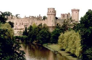 Warwick Castle - Anne's childhood home