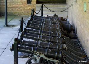 Heavy-deck-guns