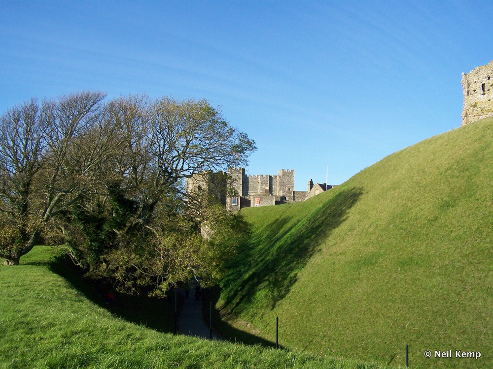 Dover-View-From-Bottom-Of-Middle-Bailey-Mound