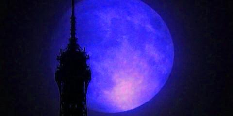 supermoon-paris-blue-nasa