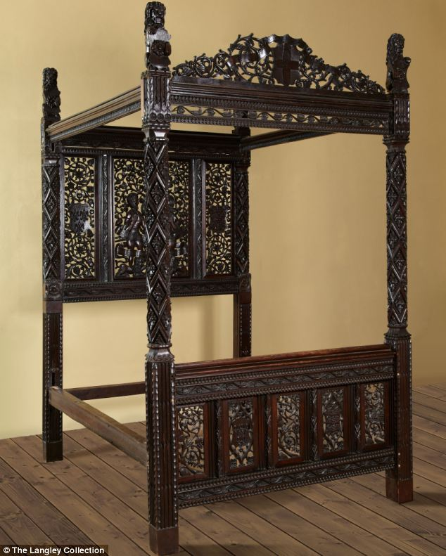 The state bed of Henry VII and Elizabeth of York
