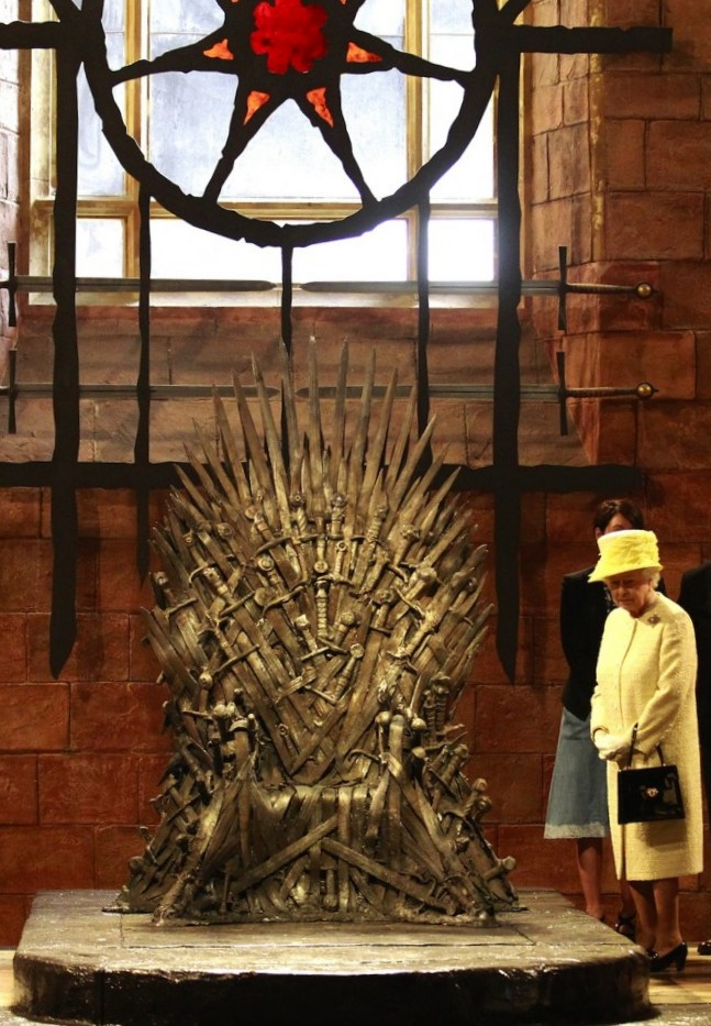 Queen-Elizabeth-Iron-Throne