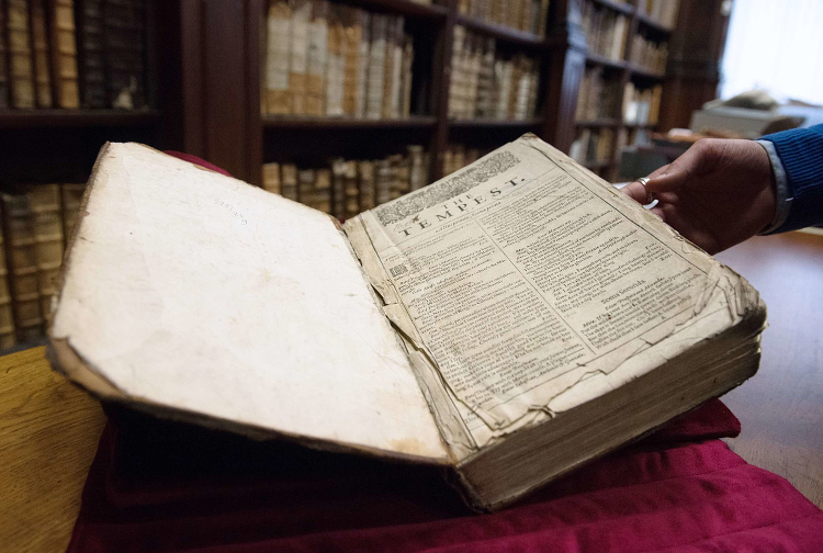 Shakespeare-First-Folio-Saint-Omer-03