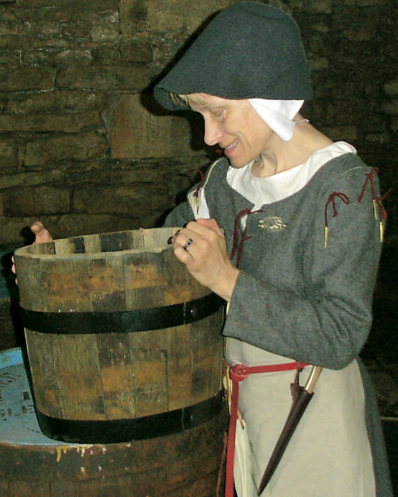 Toni as a medieval housewife at Bolton Castle, Wensleydale, North Yorkshire (© Glenn Mount)