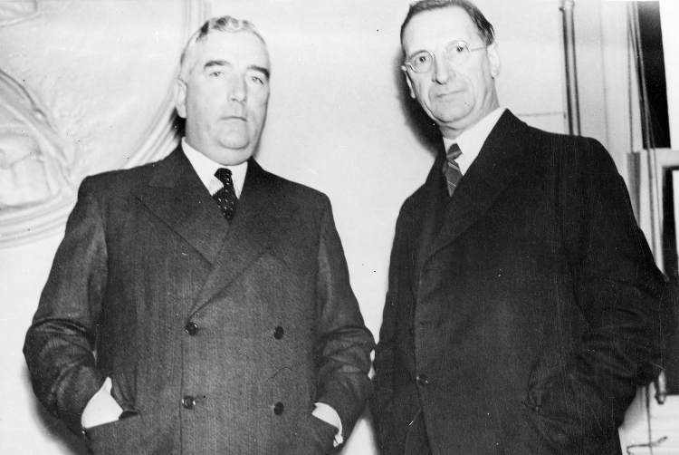 Robert Menzies with Eamon de Valera