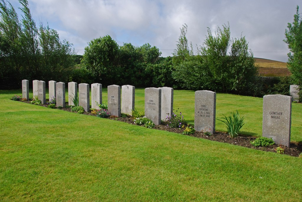 Lyness-Navy-Cemetry-German-soldiers