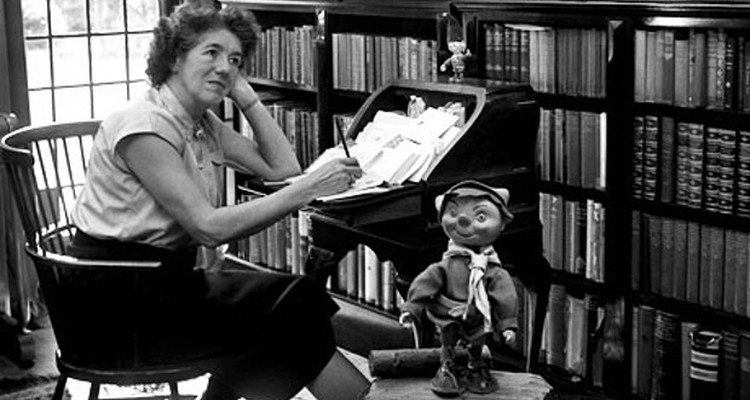 Enid hanging out with Noddy in her study
