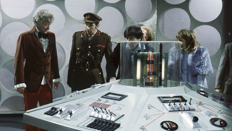 Doctor-Who-History-TARDIS-Console-006