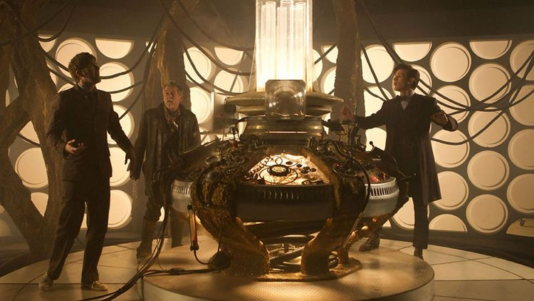 Doctor-Who-History-TARDIS-Console-019