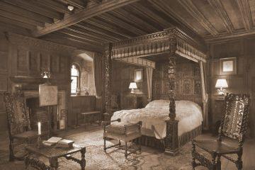 King-Henry-VIIIs-bedchamber