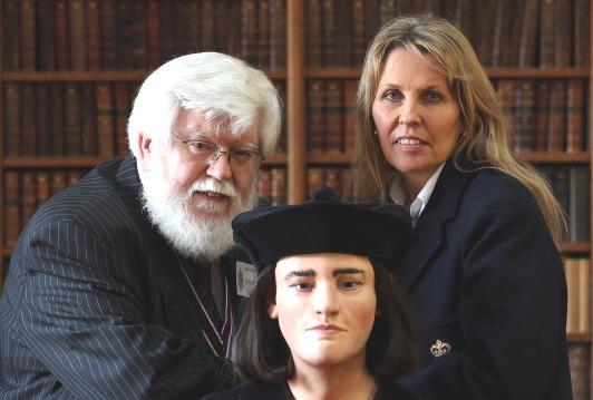Philippa Langley and Cahirman of the Richard III Society Phil Stone