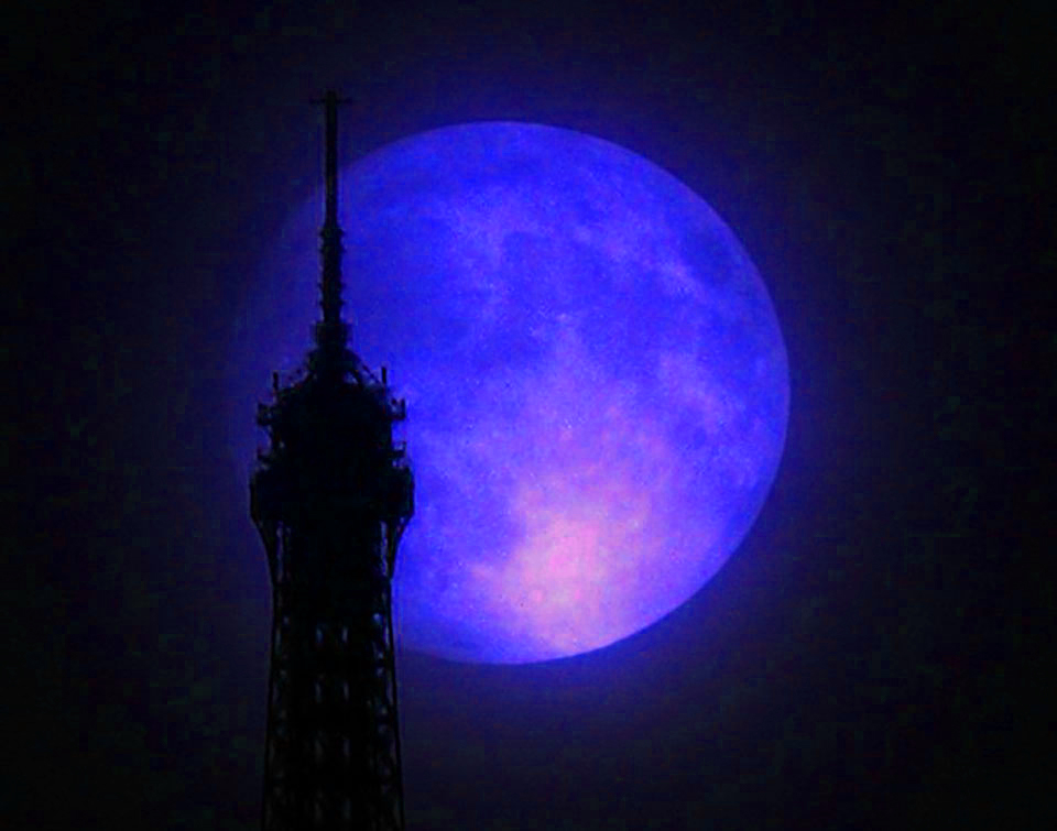 supermoon-paris-blue-nasa