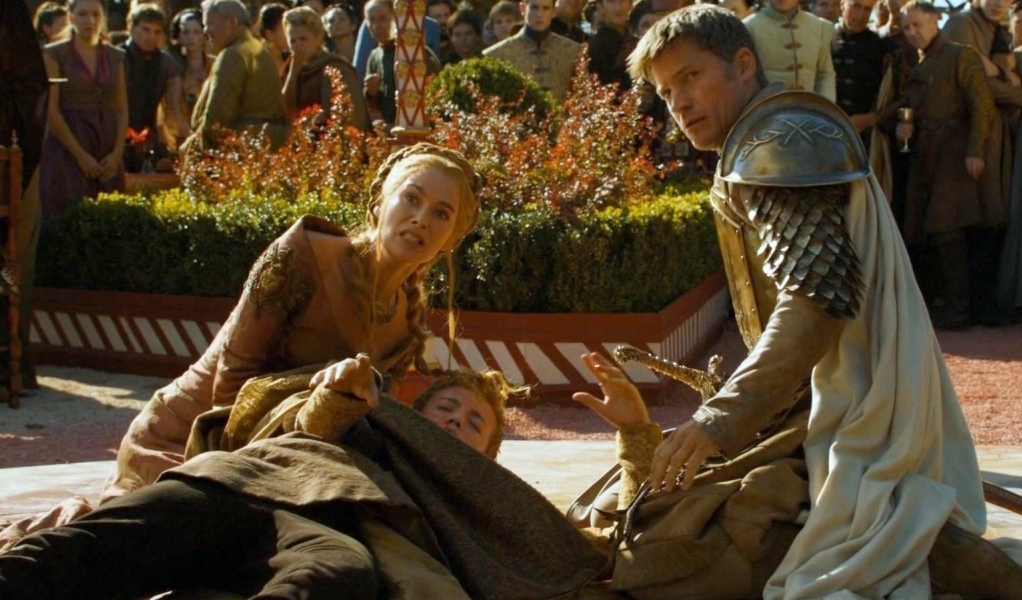 Jaime and Cersei with their dying son