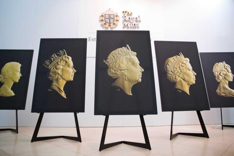 Queen-Elizabeth-II-Coin-Portriats