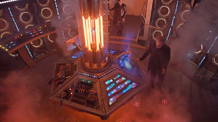 Doctor-Who-Under-the-Lake-T10-006