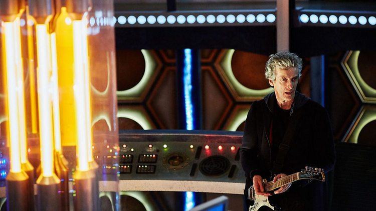 Doctor-Who-History-TARDIS-Console-021