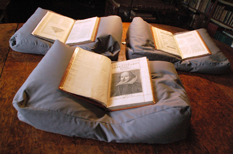 Mount-Stuart-Shakespeare-First-Folio-01